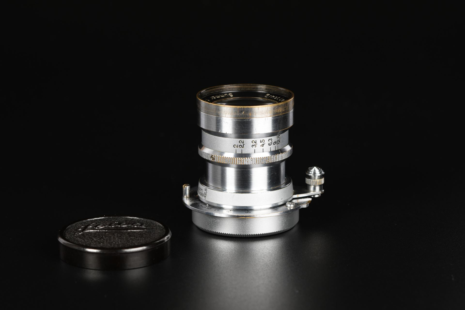 Picture of Leica Rigid Summar 5cm 50mm f/2 Silver Chrome Screw Mount LTM L39
