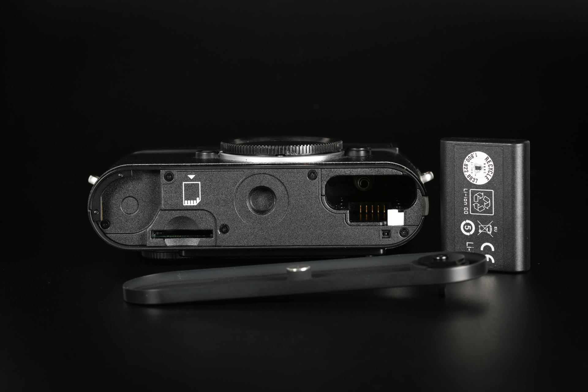 Picture of Leica Monochrom CCD Pre-Series