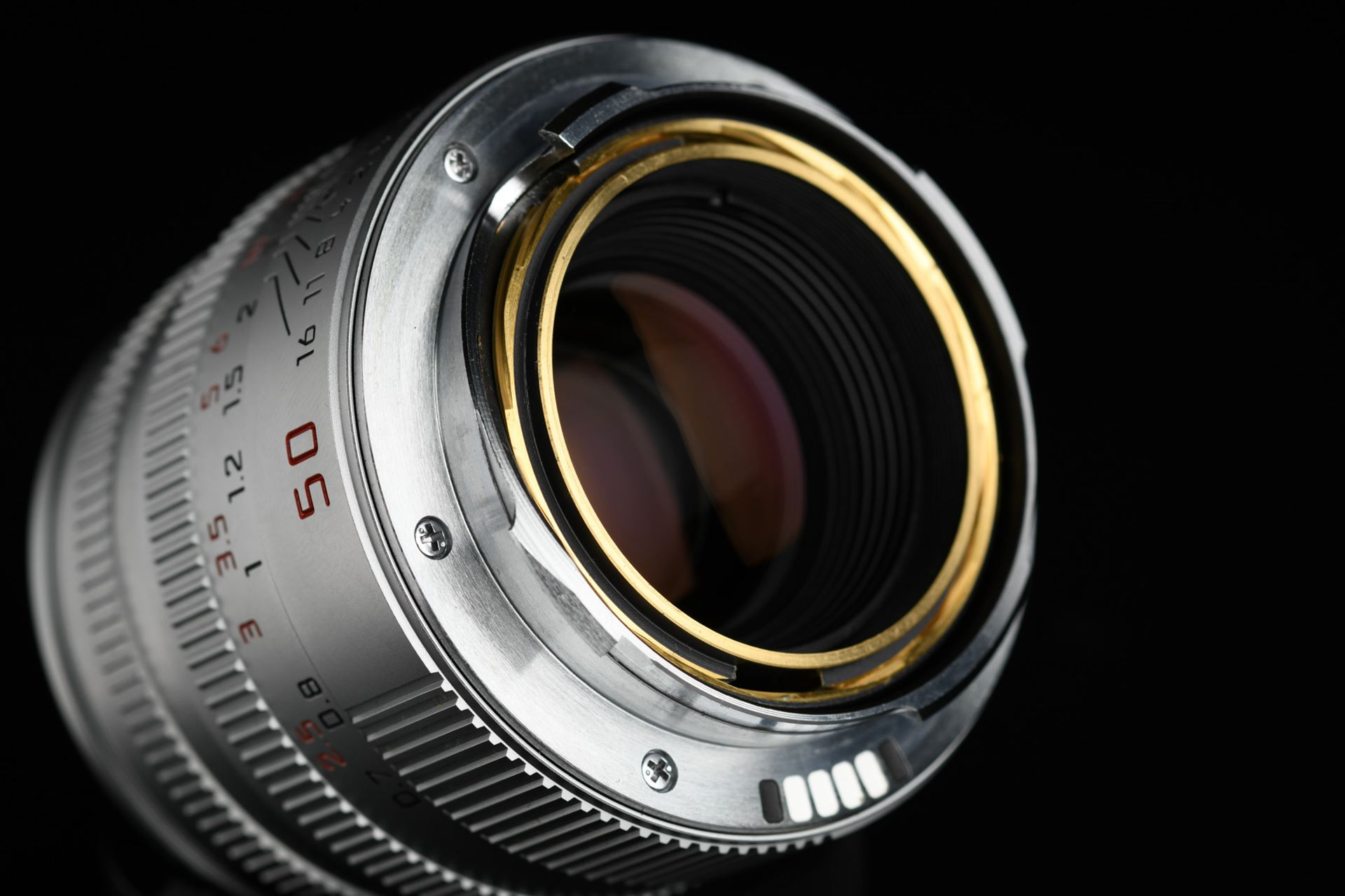 Picture of Leica Summicron-M 50mm f/2 Ver.5 Pre-ASPH Silver 6-bit