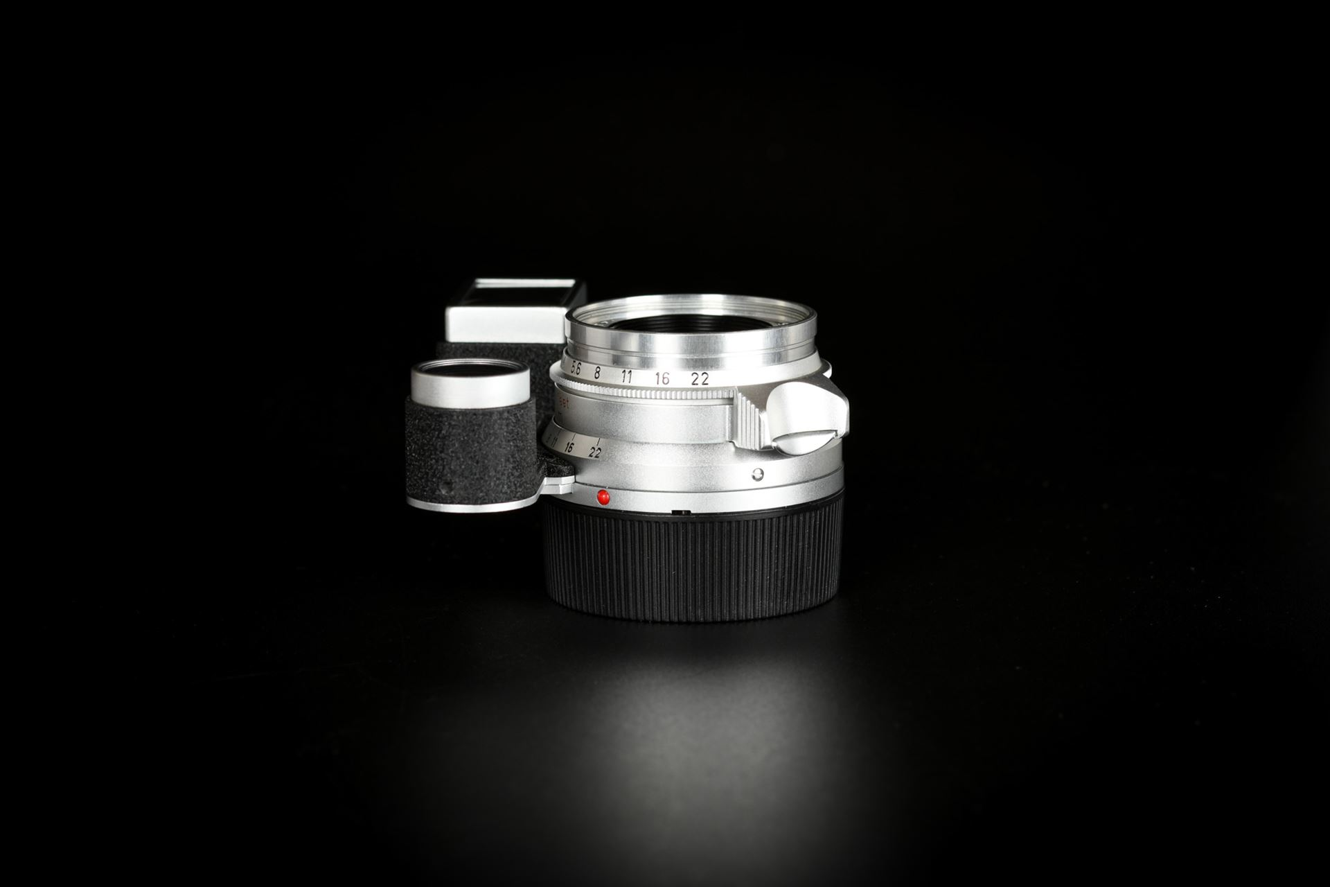 Picture of Leica Summaron-M 35mm f/2.8 Silver goggle for M3
