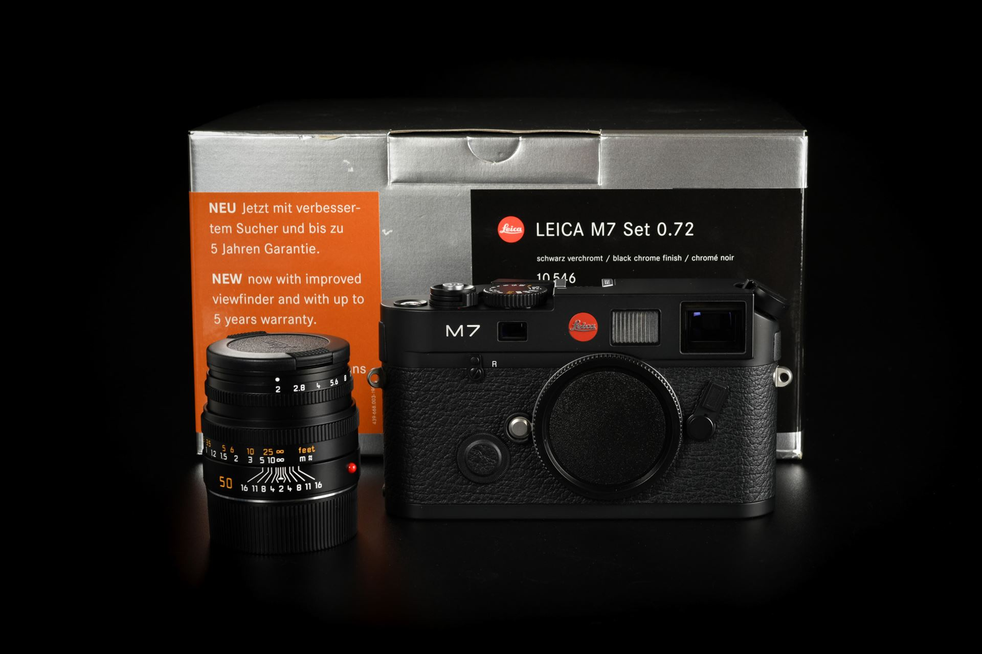 Picture of Leica M7 0.72 Black With Summicron-M 50mm f/2 Pre-ASPH Kit Set