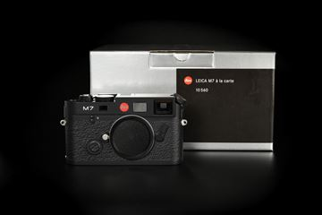 Picture of Leica M7 0.85 Black Chrome A-La-Carte
