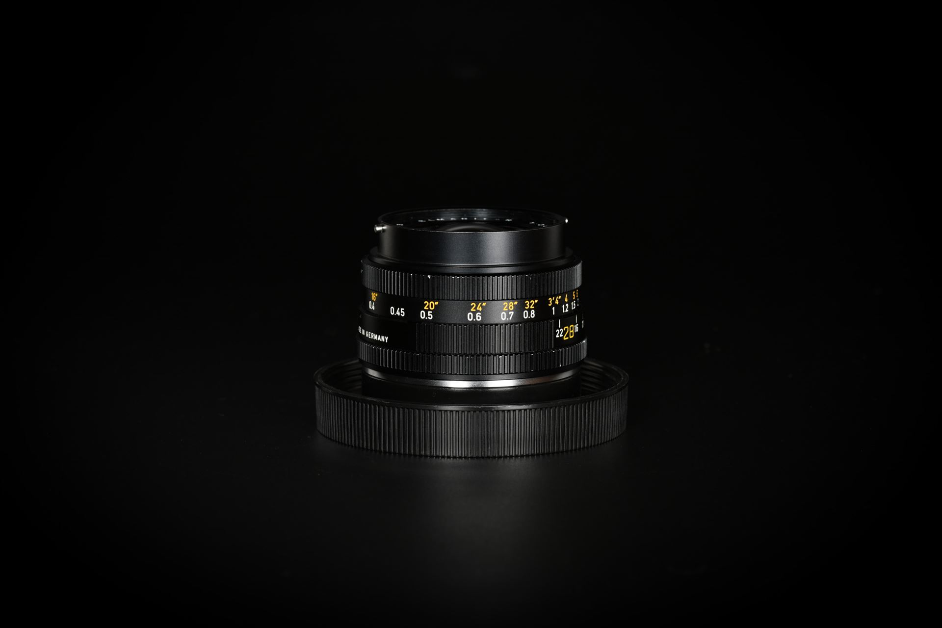 Picture of Leica Elmarit-R 28mm f/2.8 Ver.1 Prototype 3-CAM