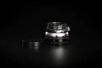 Picture of Leica Summicron-M 35mm f/2 Ver.1 8-element Black Paint Brass Mount