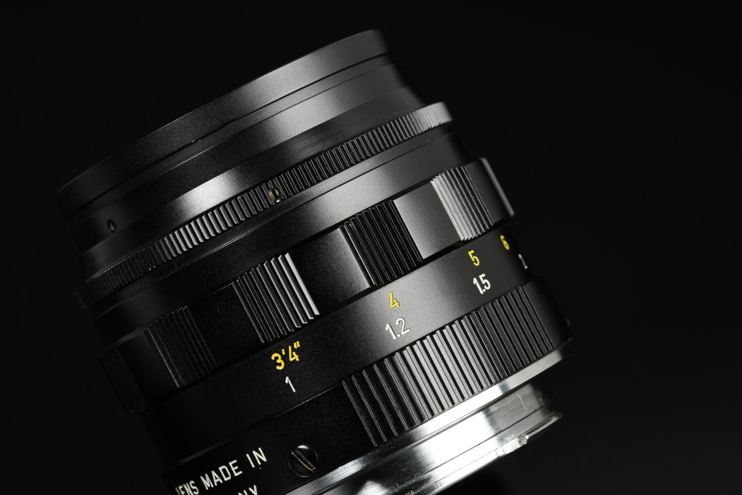 Picture of Leica Summilux-M 50mm f/1.4 Ver.2 Black Transitional