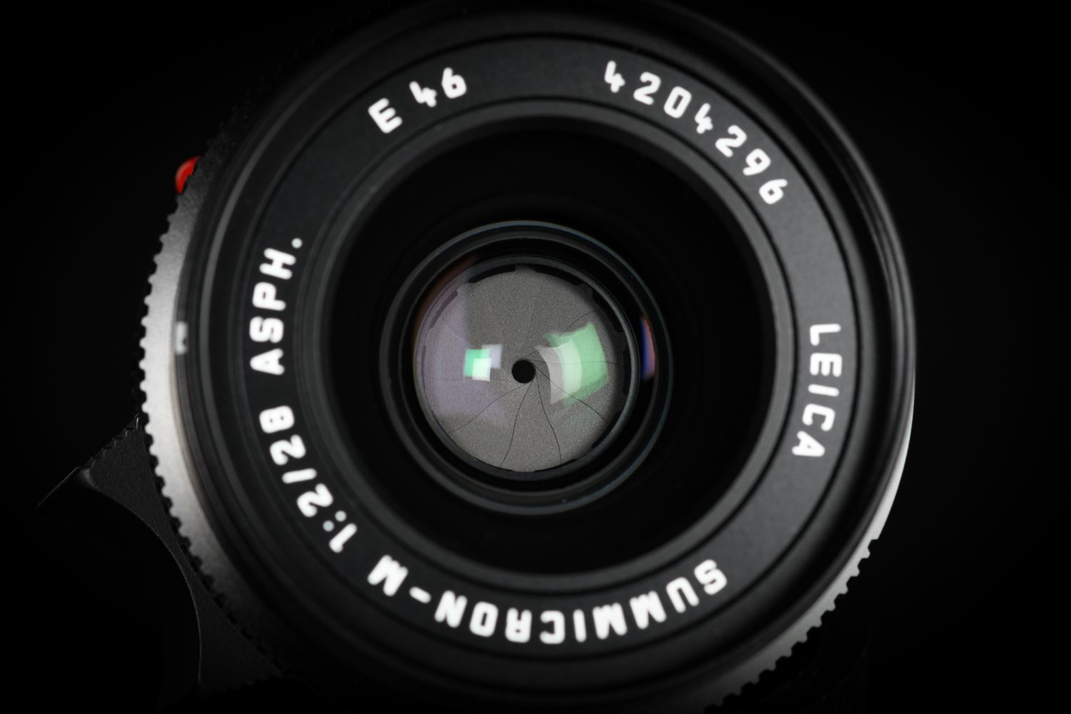 Picture of Leica Summicron-M 28mm f/2 ASPH Black