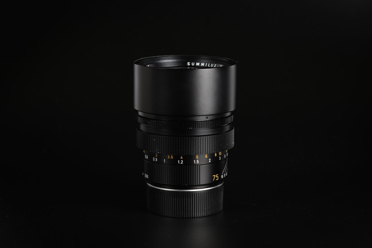 Picture of Leica Summilux-M 75mm f/1.4 Ver.2 Canada