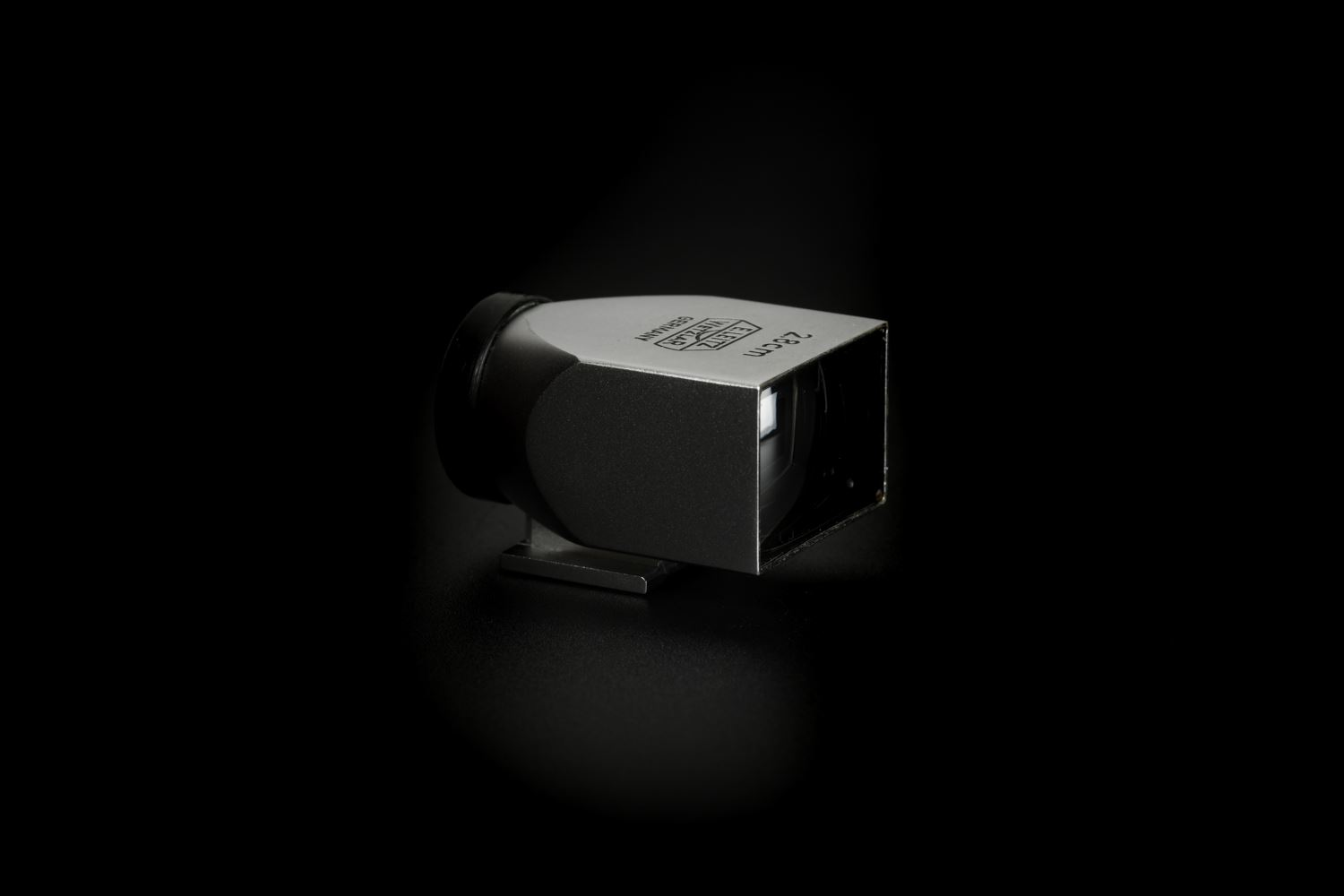 Picture of Leica 28mm SLOOZ Silver Metal Viewfinder