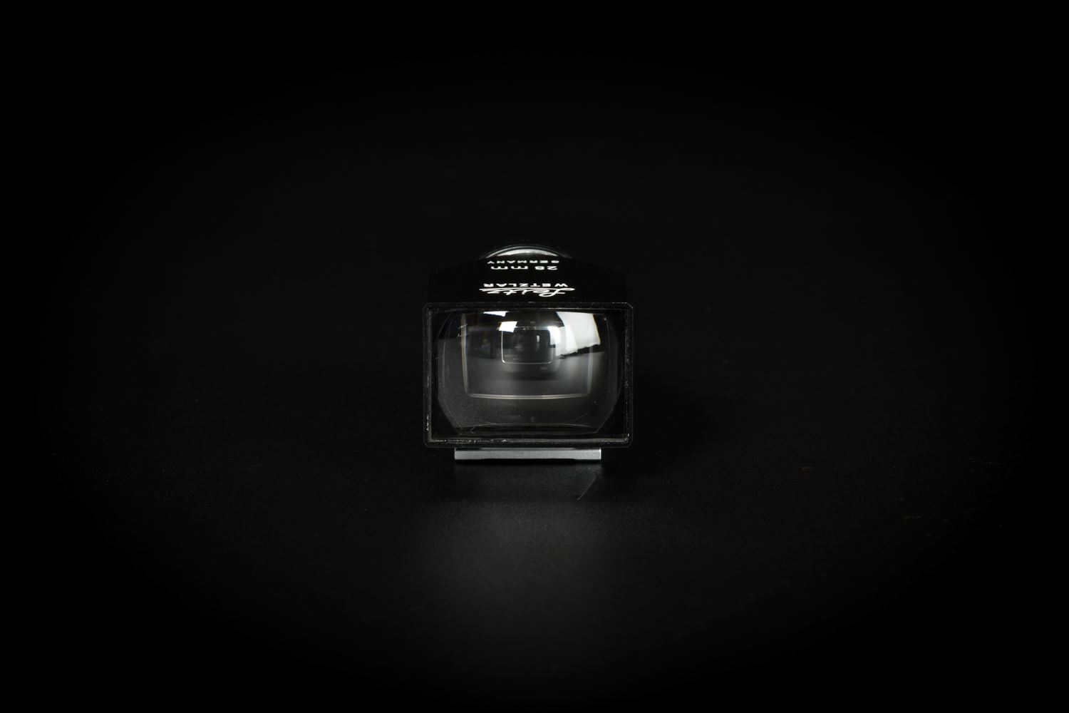 Picture of Leica 28mm SLOOZ Black Metal Viewfinder