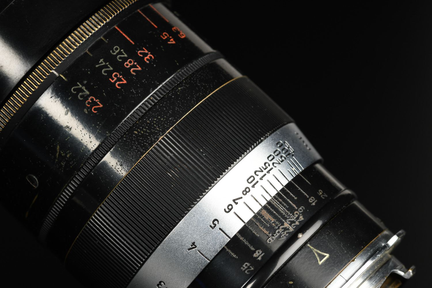 Picture of Leica Thambar 9cm f/2.2 Screw LTM