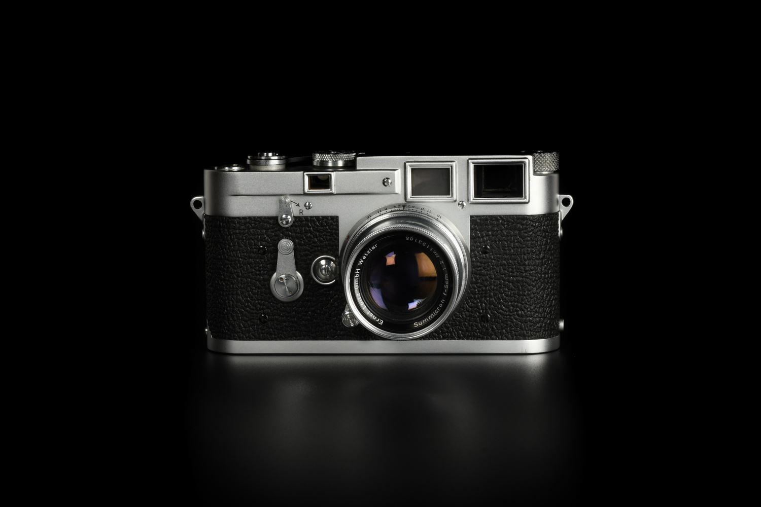 Picture of Leica M3 Early Silver with Corner