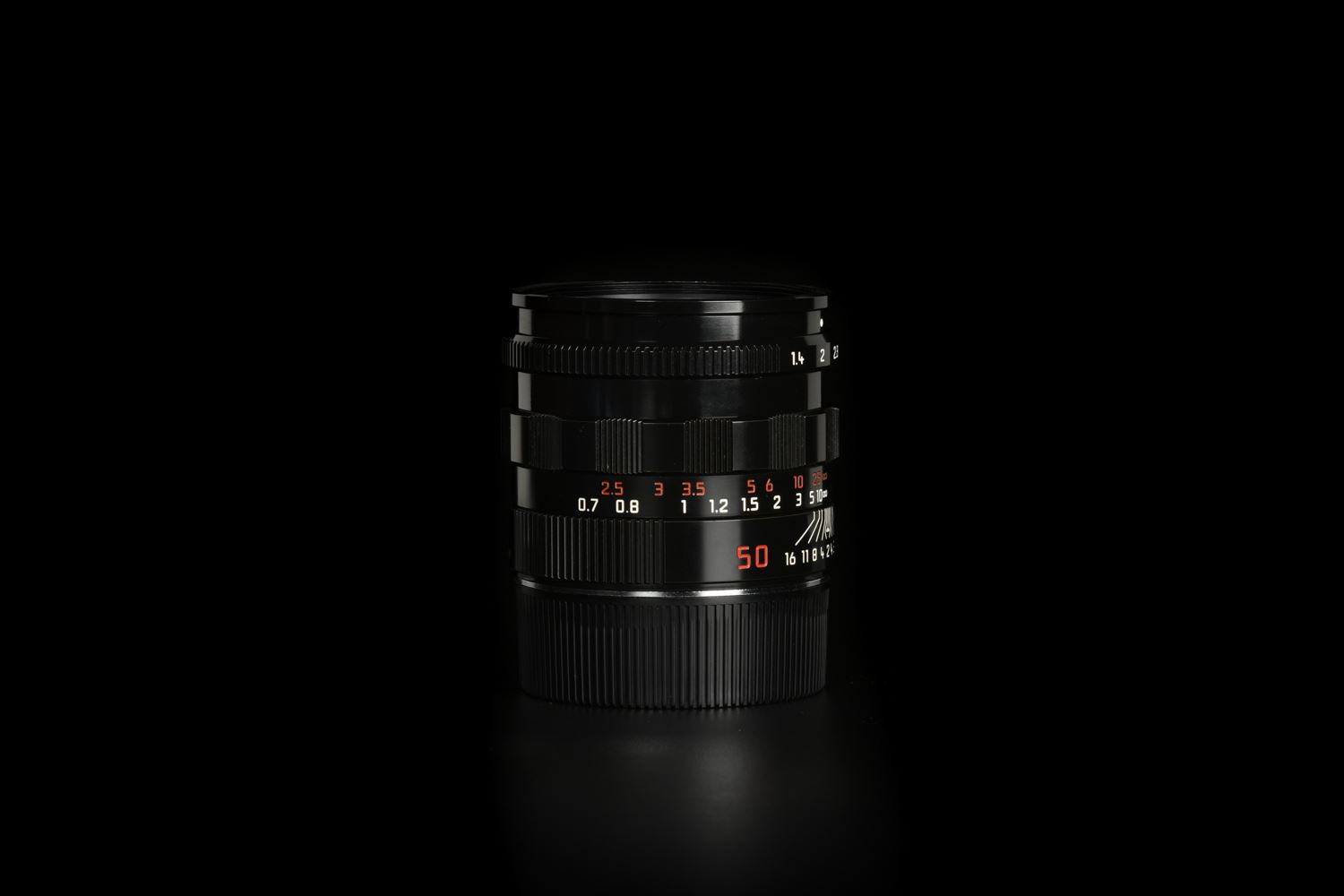 Picture of Leica Summilux-M 50mm f/1.4 Ver.3 Pre-ASPH Black Paint
