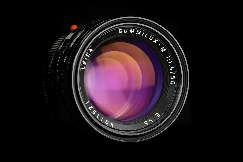 Picture of Leica Summilux-M 50mm f/1.4 Ver.3 Pre-ASPH Black Paint