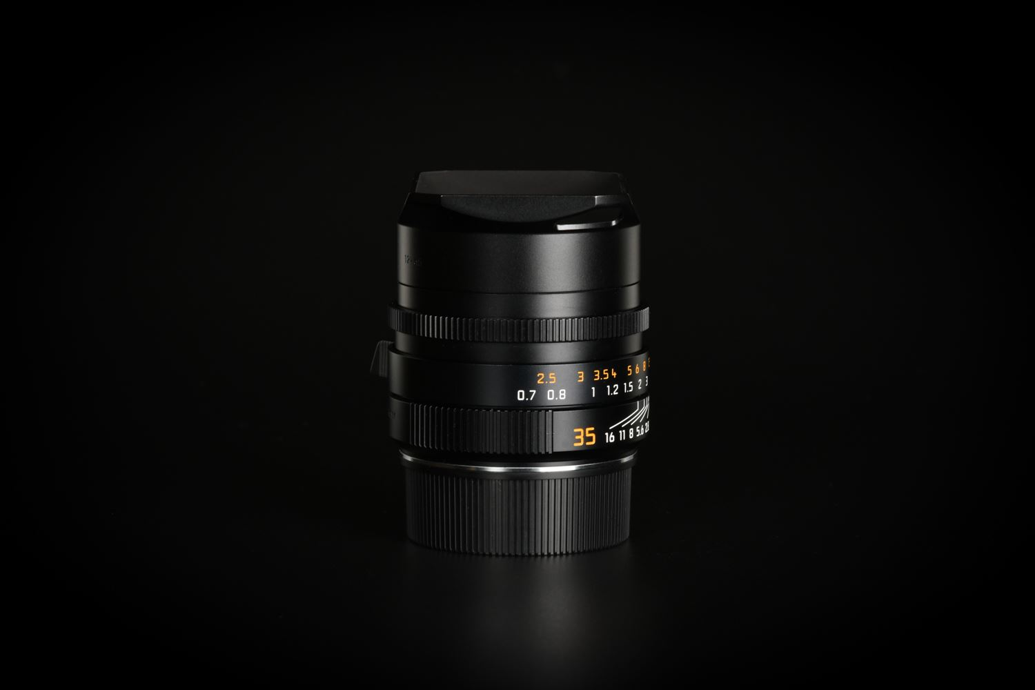 Picture of Leica Summilux-M 35mm f/1.4 ASPH II FLE Black