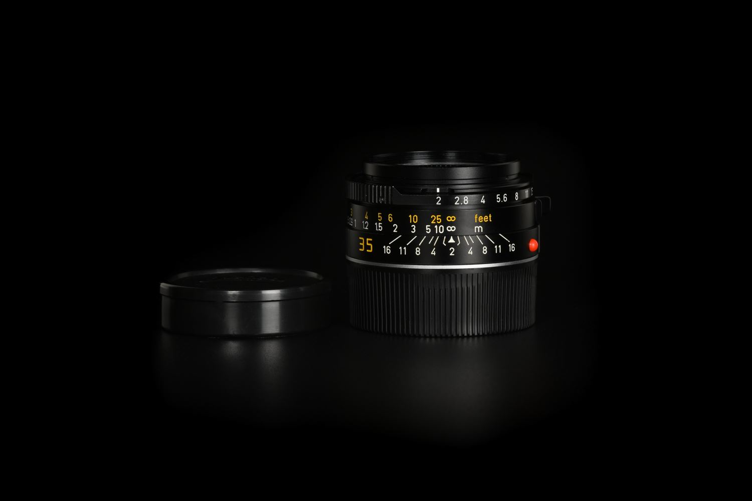 Picture of Leica Summicron-M 35mm f/2 Ver.4 7-element Black Canada 1913-1983 70 Jahre