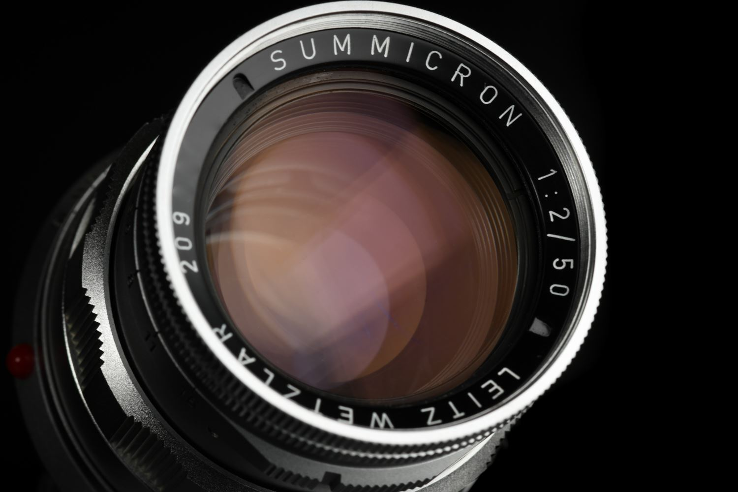 Picture of Leica Summicron-M 50mm f/2 Rigid Ver.2 Silver