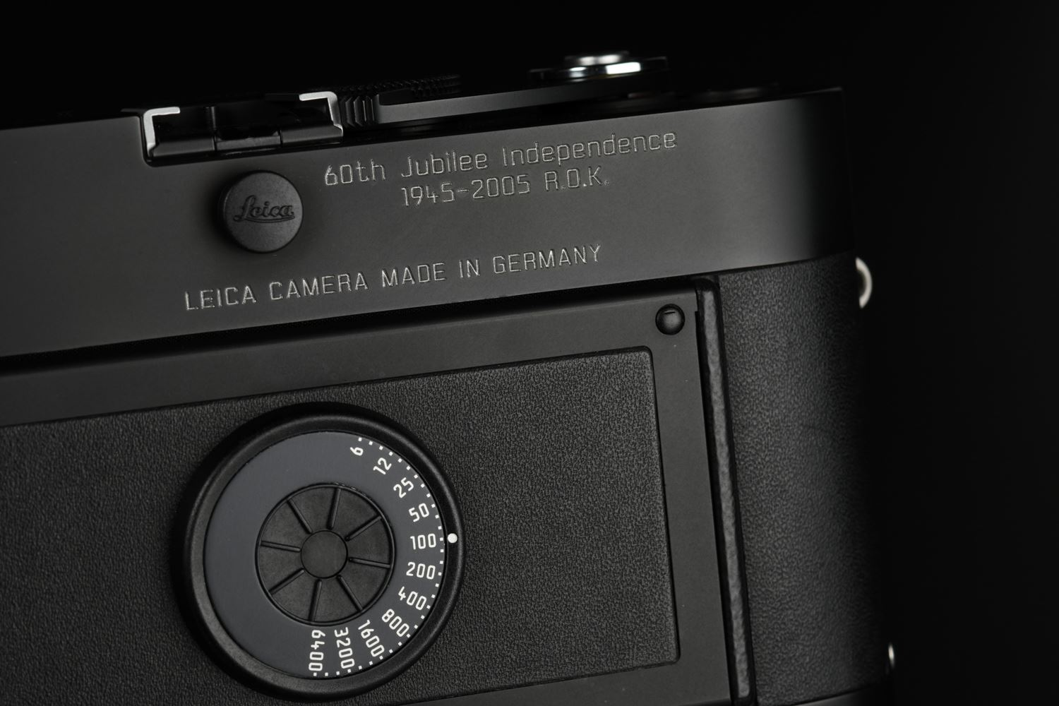 Picture of Leica MP 60th Jubilee of Korean Independence with Summicron-M 35mm f/2 ASPH Set