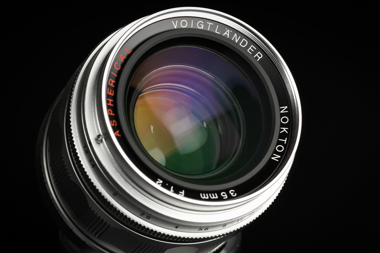 Picture of Voigtlander Nokton 35mm f/1.2 Ver.1 Silver