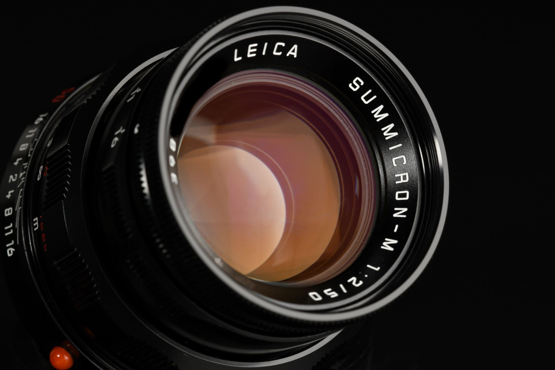 Picture of Leica MP Classic with Summicron-M 50mm f/2 Black Paint Set