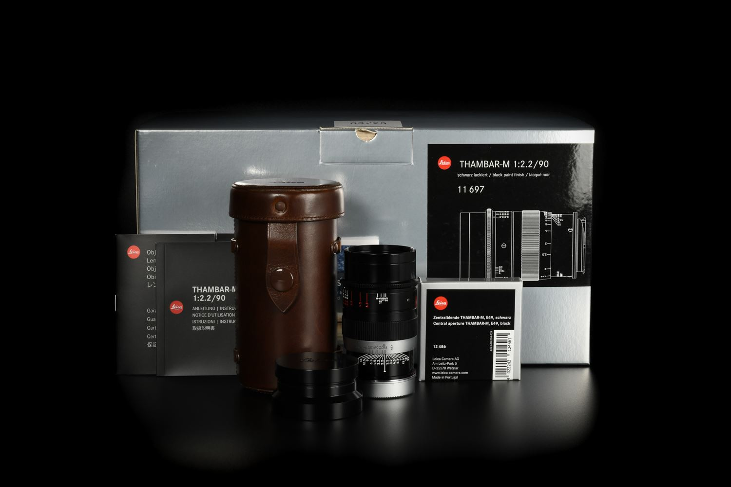 Picture of Leica Thambar-M 90mm f/2.2 Black Prototype