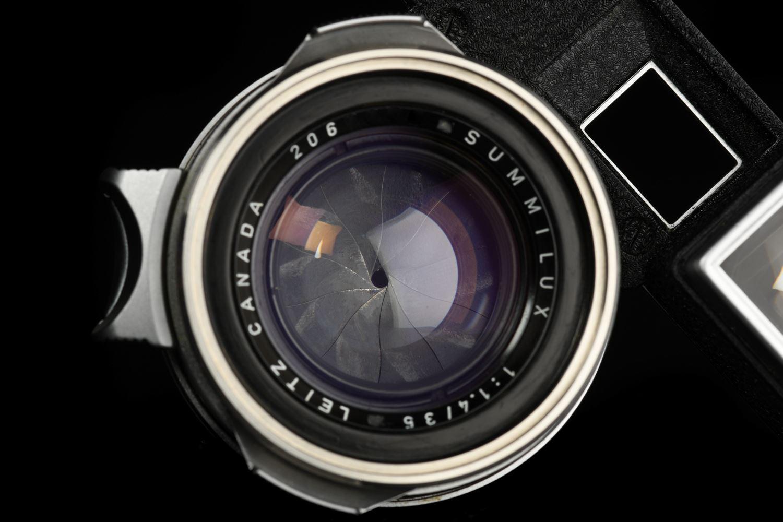 Picture of Leica Summilux-M 35mm f/1.4 Ver.1 Steel Rim Silver M3