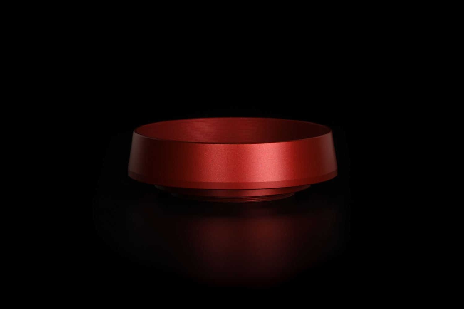 Picture of Red Ventilated Lens Hood made for Leica E39 lenses