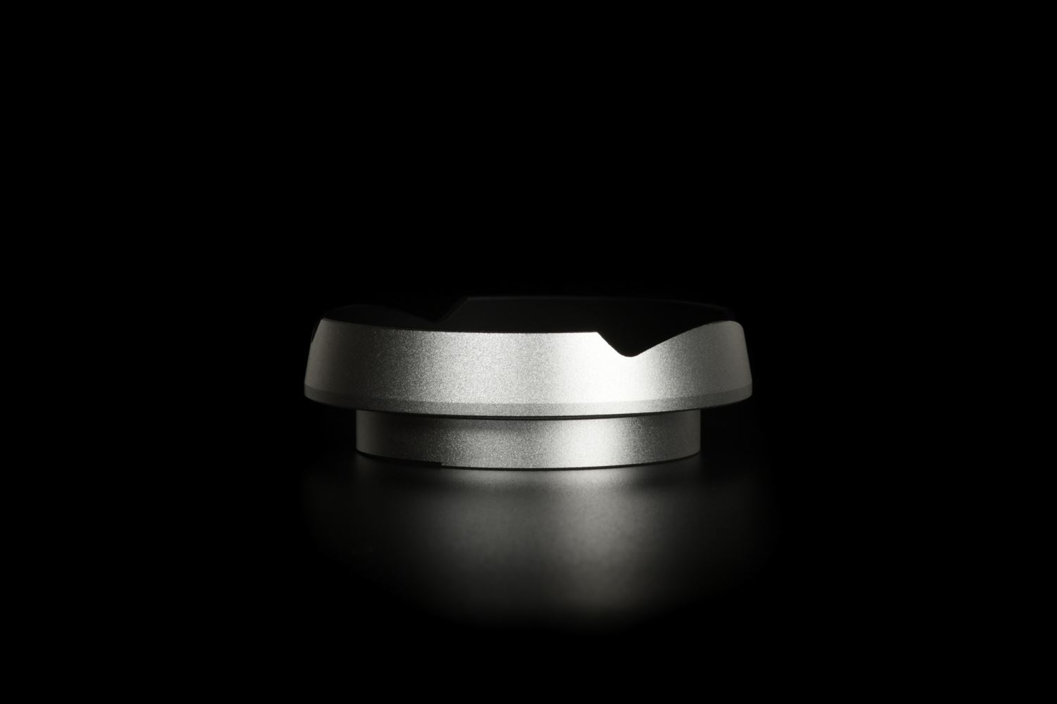 Picture of Silver Ventilated Lens Hood made for Leica E46 lenses