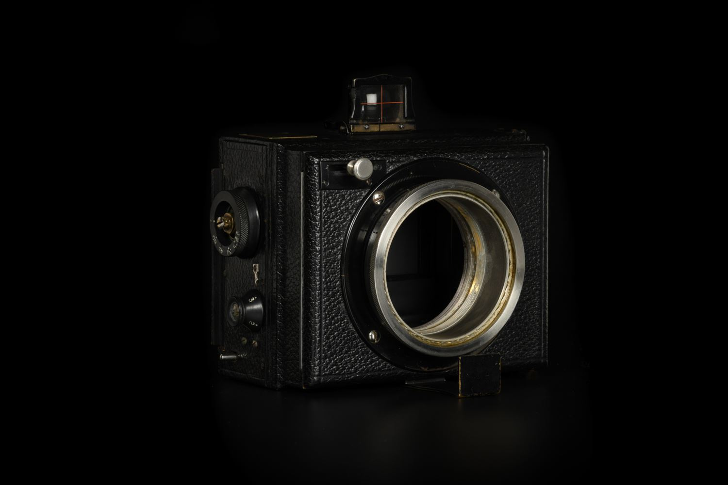 Picture of Hugo Meyer Kino-Plasmat 9cm 90mm f/1.5 Modified to Canon EOS
