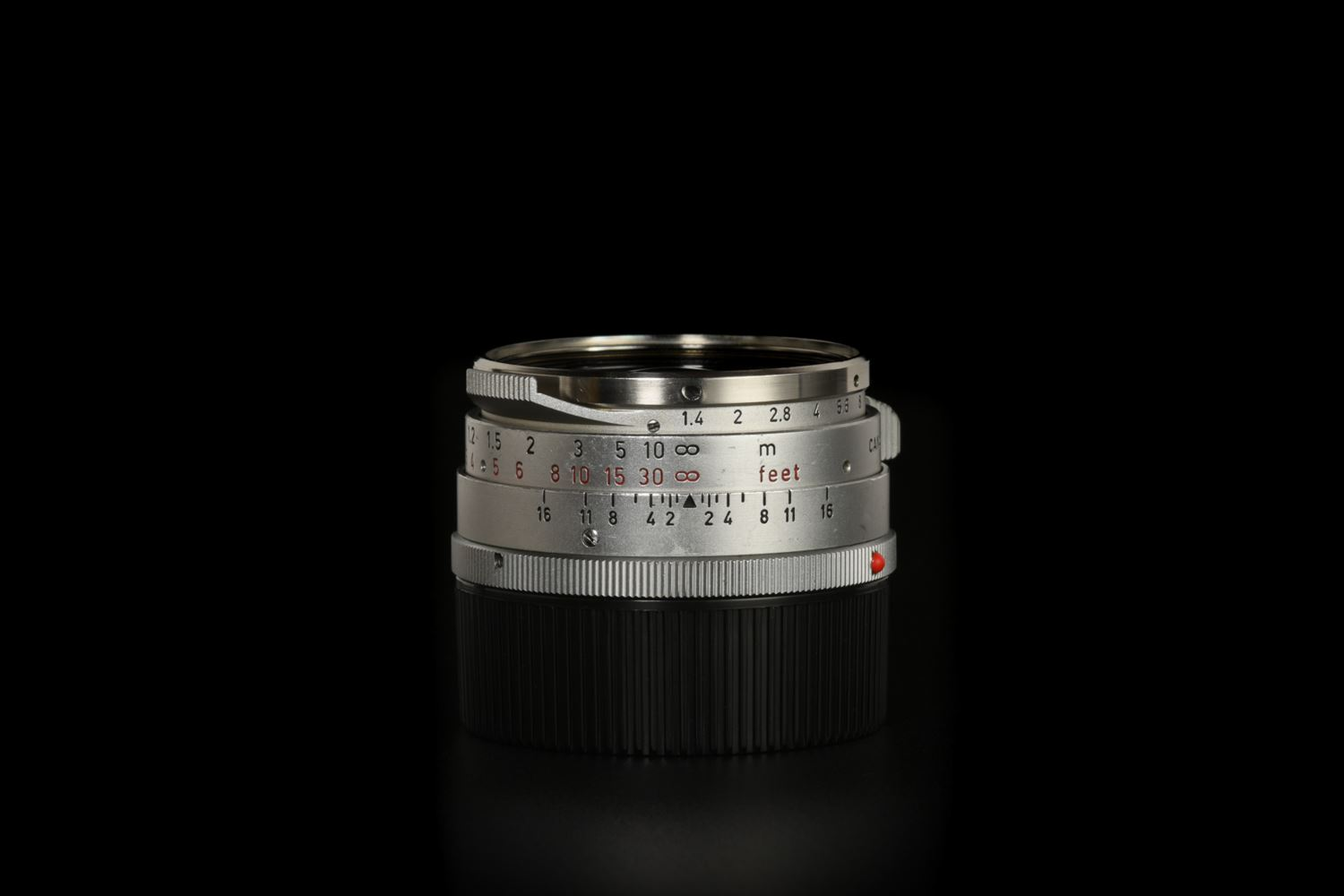 Picture of Leica Summilux-M 35mm f/1.4 Ver.1 Steel Rim Silver M2 with OLLUX Hood