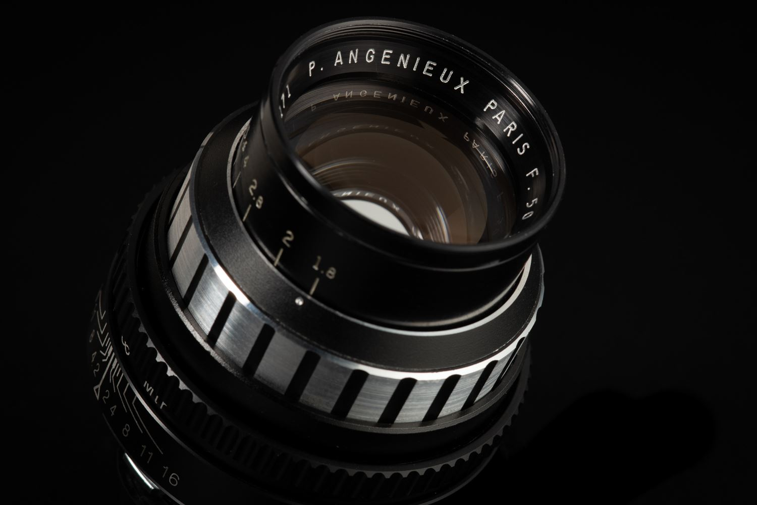 Picture of Angenieux Type S2 50mm f/1.8 Leica M