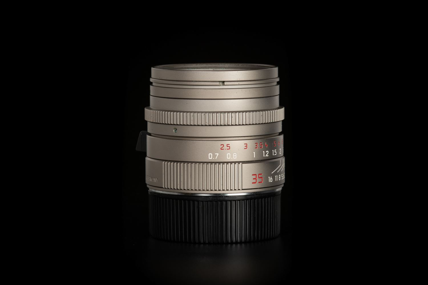 Picture of Leica Summilux-M 35mm f/1.4 ASPH Titanium