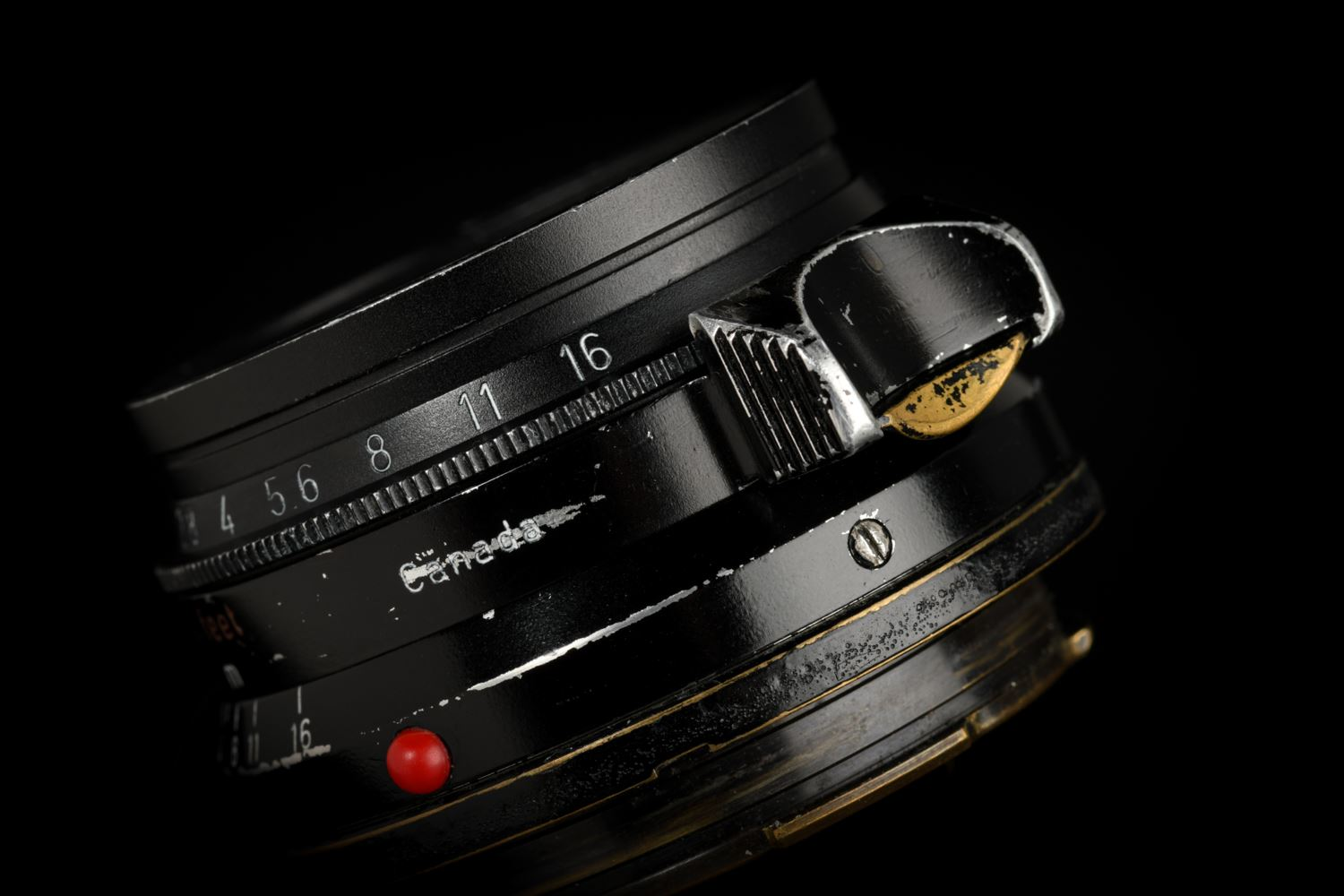 Picture of Leica Summicron-M 35mm f/2 Ver.1 Black Paint Brass Mount (retouched)