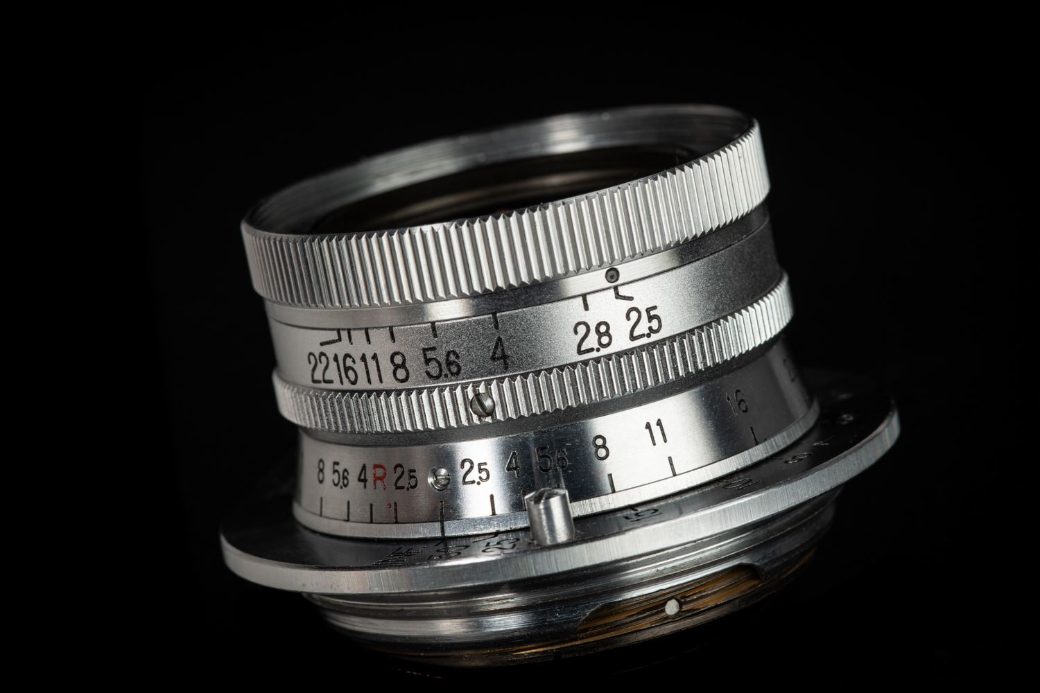 Picture of Nikon Nikkor 35mm f/2.5 Leica Screw Mount LTM