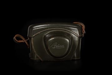 Picture of Leica Bundeseigentum Olive Leather Case for M3,M1