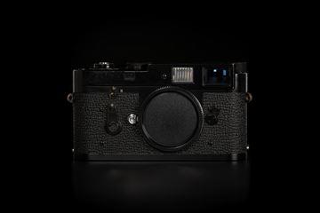 Picture of Leica M2 Original Black Paint