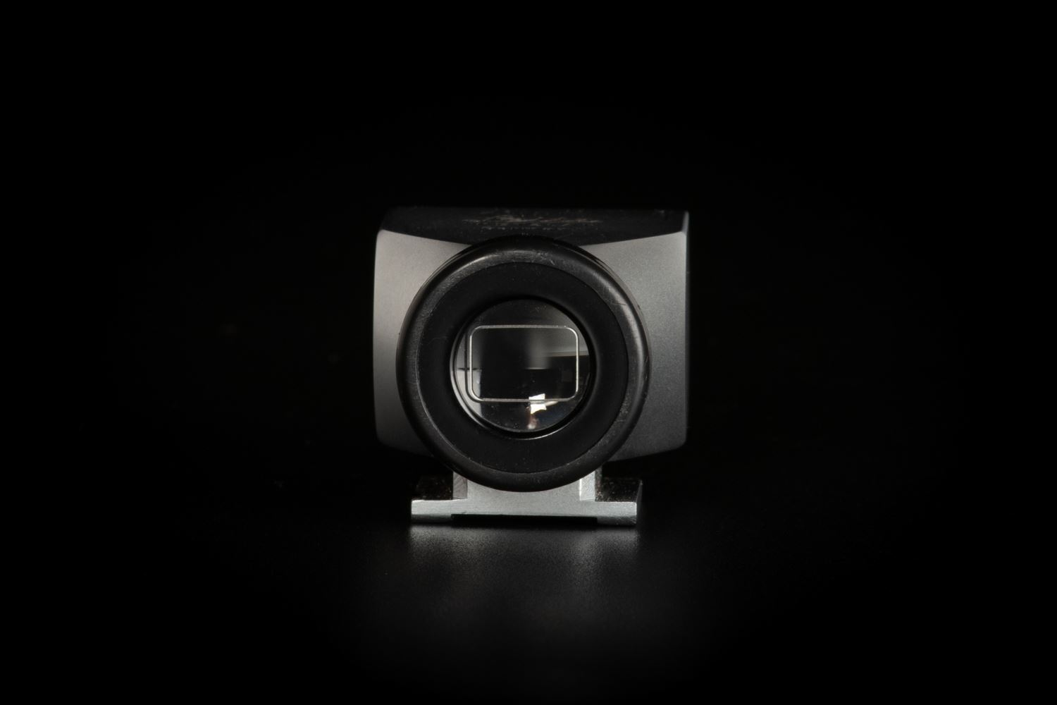 Picture of Leica 21mm SBKOO Brightline Viewfinder Silver
