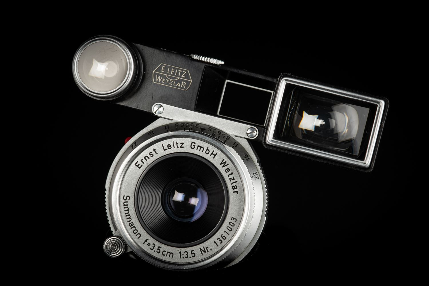 Picture of Leica Summaron-M 35mm f/3.5 Silver for M3 Black Paint Goggle