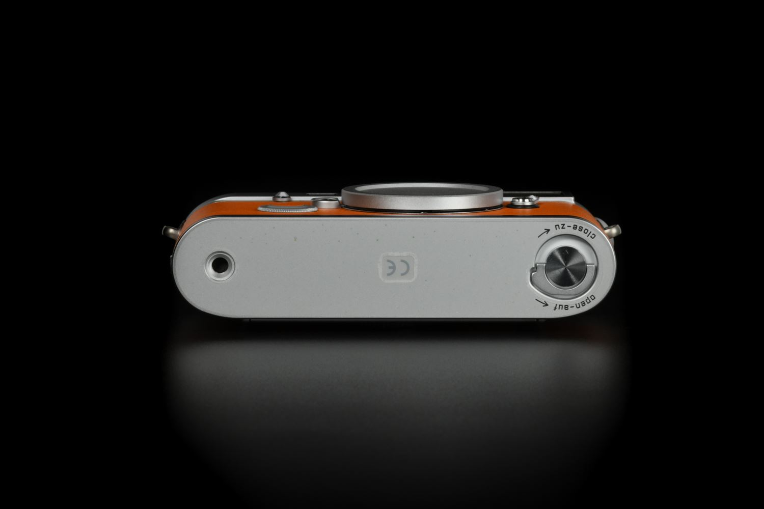 Picture of Leica M7 Edition Hermes Orange