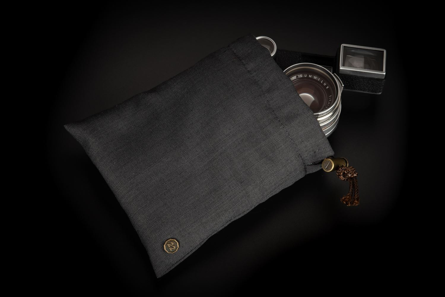 Picture of f22 camera and lens pouch (small)