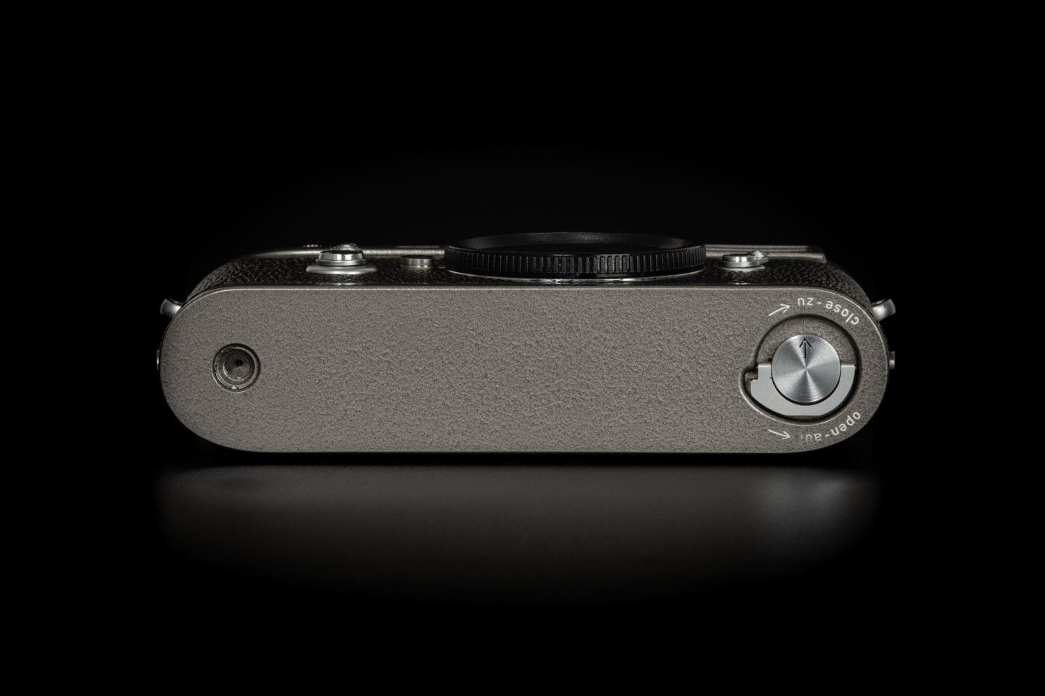 Picture of Leica M2 Hammertone Repainted by takahashi studio japan