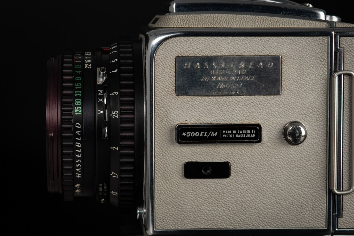 "Picture of Hasselblad 500EL/M ""20 Years in Space"""