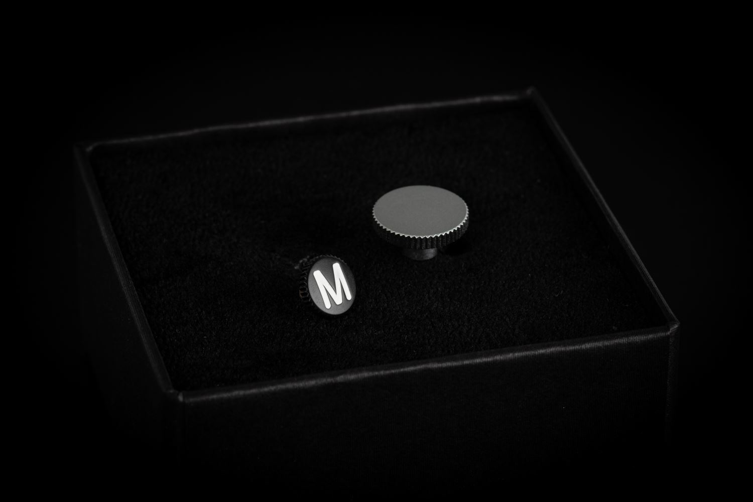 "Picture of leica Soft Release Button ""M"", 8mm, black"