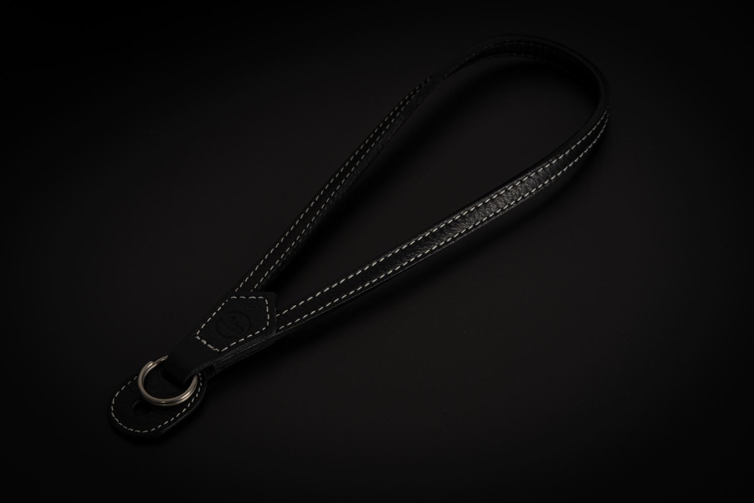 Picture of leica WRIST STRAP WITH PROTECTING FL