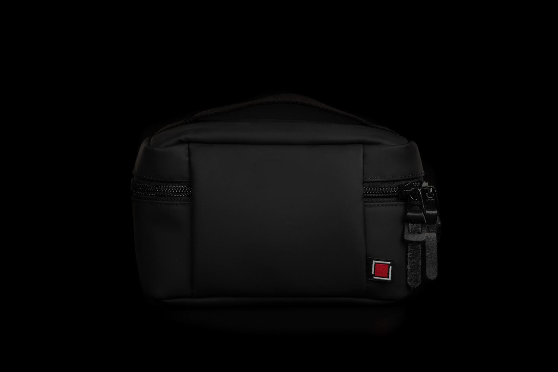 Picture of Artisan & Artist ACAM-61N PVC/NYLON Black Camera Pouch