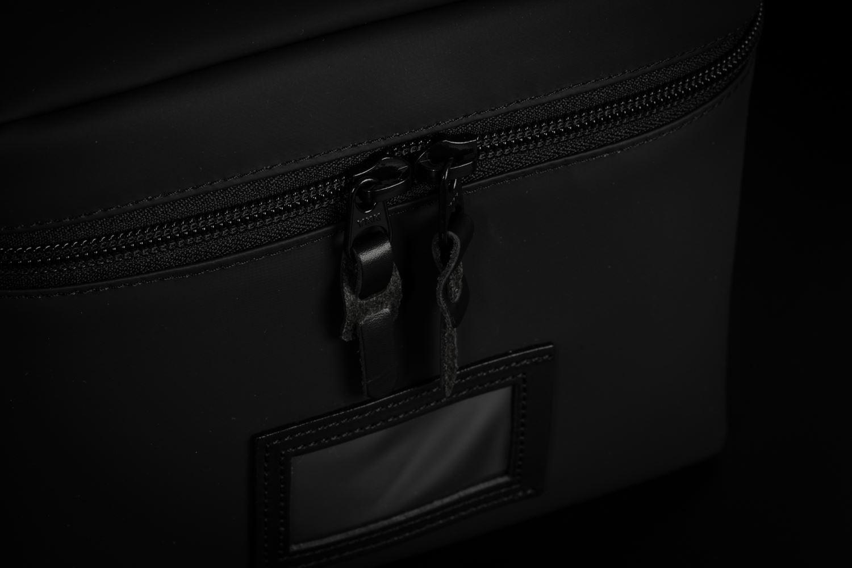 Picture of Artisan & Artist ACAM-63N PVC/NYLON Black Camera Pouch