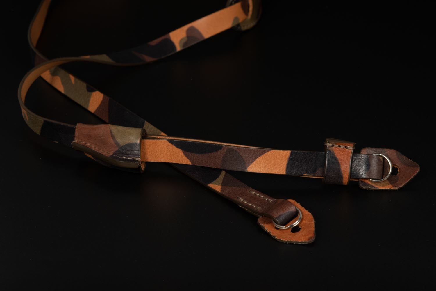 Picture of Angelo Pelle Wrist Strap, Padded - Camouflage