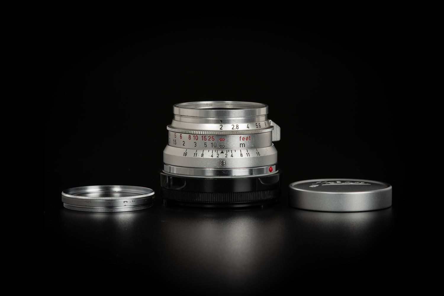Picture of Leica Summicron-M 35mm f/2 Ver.1 8-element Silver