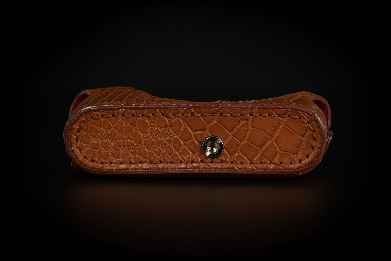 Picture of Angelo Pelle Half Case for M10 - Crocodile Matte Brown
