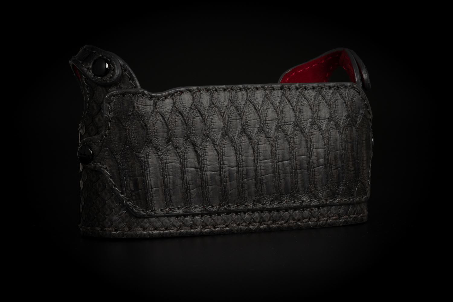 Picture of Angelo Pelle Half Case for M10 - Python Black