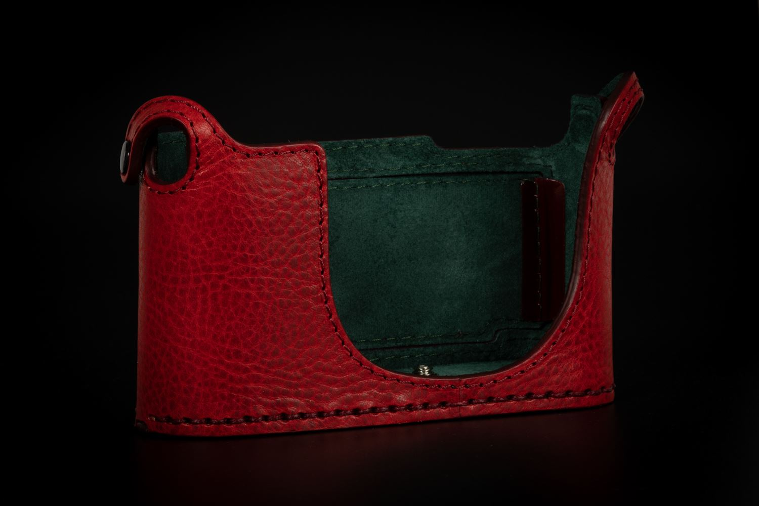 Picture of Angelo Pelle Half Case for Q2 - Red